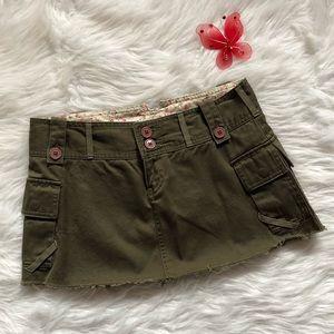 MODA International Green Cargo Mini Skirt Size 6